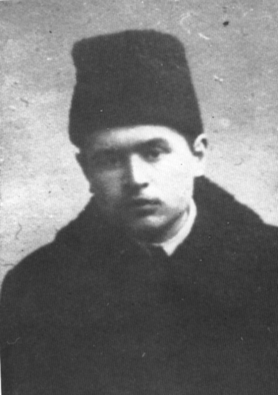 Misha Maximovitch, the future Archbishop John at age 15