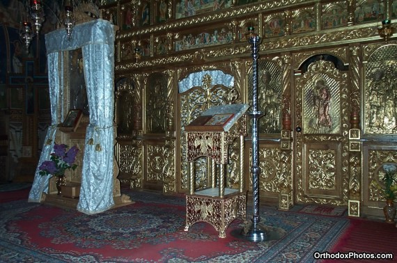 Inside the Church of the Petru Voda Monastery, Iasi, Romania (4)
