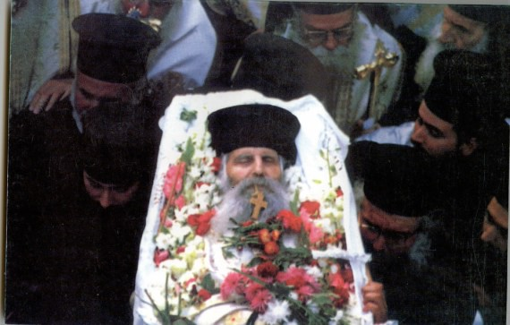 Abbot Jacov with his body in the coffin, but with his soul in the Kingdom of God