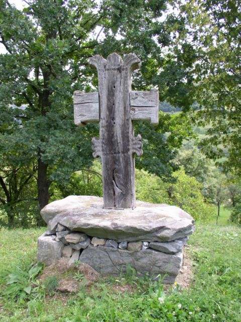 Wooden Cross (garden) - 'Valea Larga' village