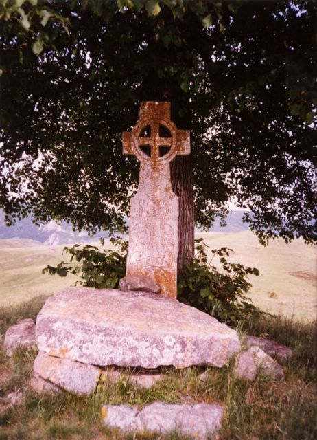 Cross made from oak tree (celtic)