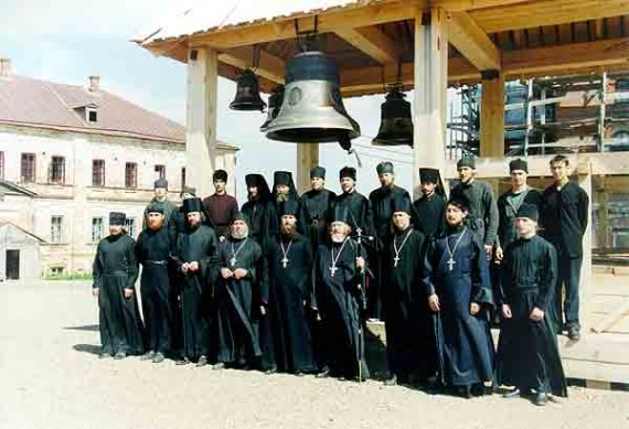 Group picture of russian fathers (1)